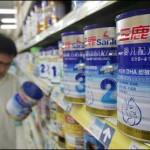 Chinese zuivelverwerkers krabbelen op