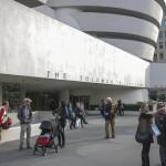 Guggenheim. Buiten mag je fotograferen, binnen niet / © blueice | bertwestenbrink